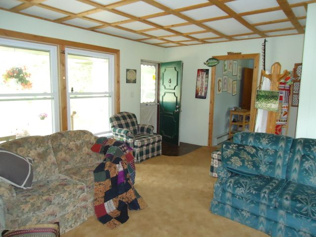 5868 Sherwood Hwy - Family Room - 13