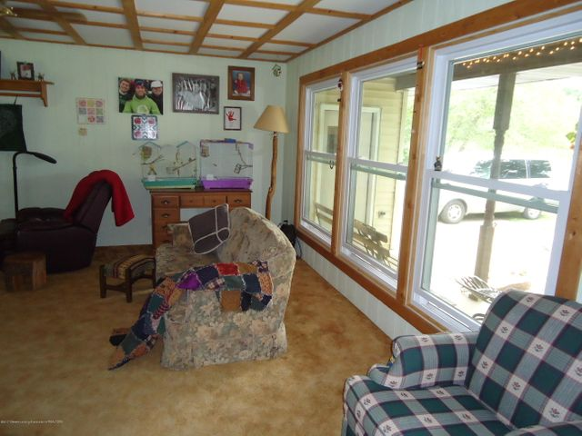 5868 Sherwood Hwy - Family Room - 14