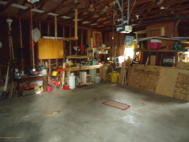 5868 Sherwood Hwy - Garage - 28