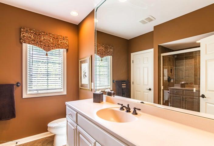 3593 Cabaret Trail - Lower Level Bathroom - 53