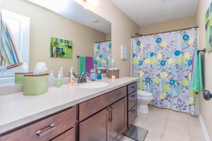 13835 Myrtle Dr - Bathroom - 11