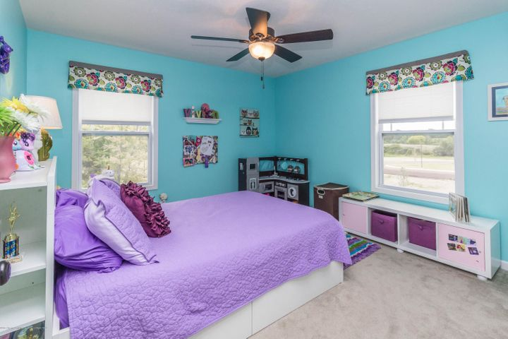 13835 Myrtle Dr - Bedroom 3 - 18