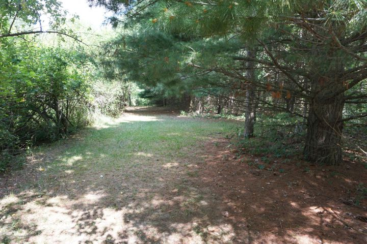 6234 W Grand River Rd - G.River.Trails - 20