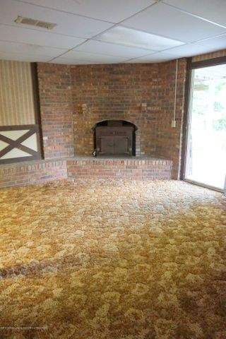 6234 W Grand River Rd - G.River.Fireplace - 36