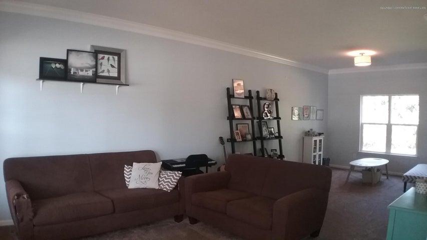 138 Church Hill Downs Blvd - c living room 2 - 7