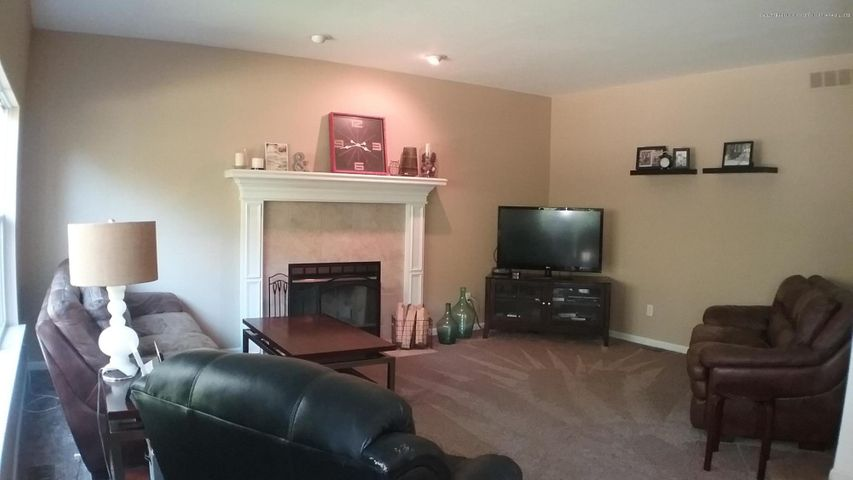 138 Church Hill Downs Blvd - c family room 2 - 21