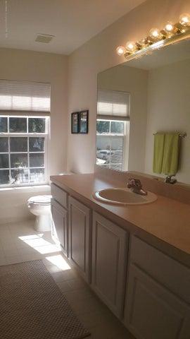 138 Church Hill Downs Blvd - c bathroom - 33