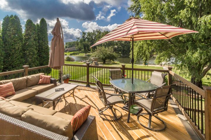 9417 W Scenic Lake Dr - Back deck area - 36
