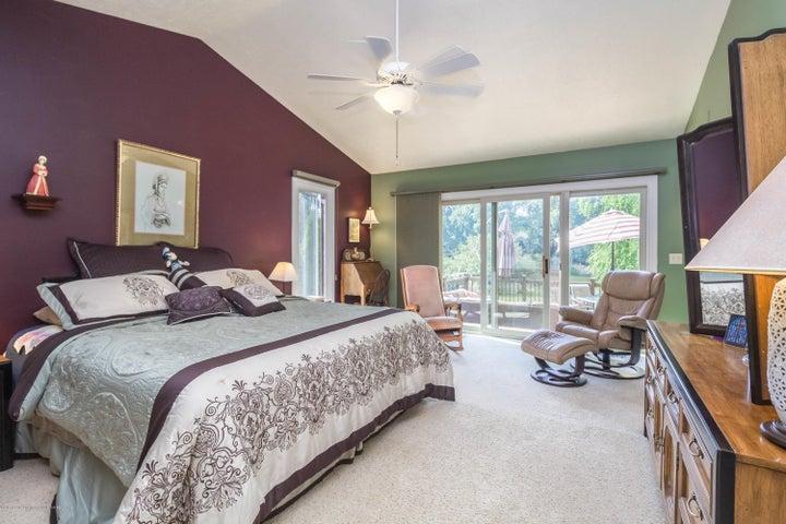 9417 W Scenic Lake Dr - Master Bedroom - 12