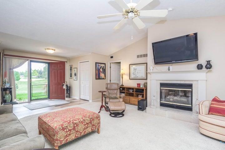 9417 W Scenic Lake Dr - Living room - 4