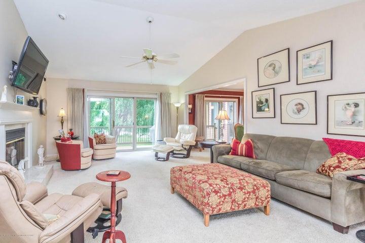 9417 W Scenic Lake Dr - Living room - 3