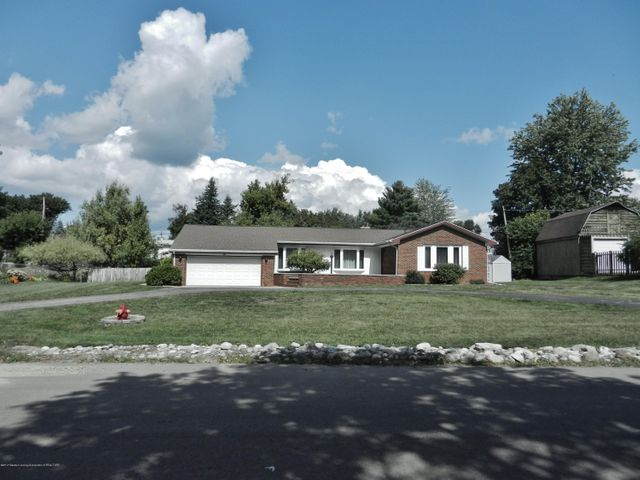 801 Cumberland Dr - Front - 1