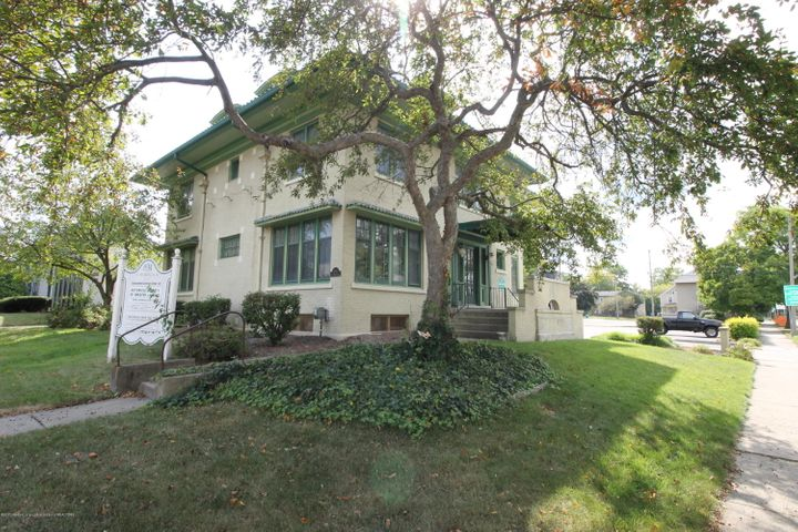 831 N Washington Avenue, Lansing, MI 48906