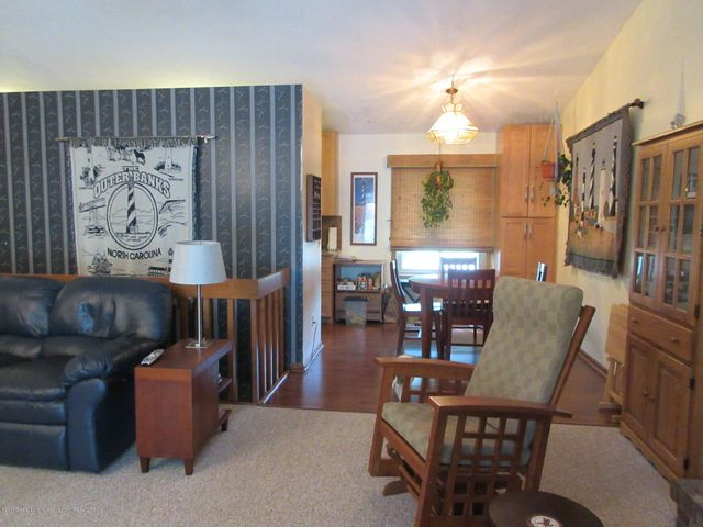 4742 Omar Dr - From Slider to Dining Area - 16