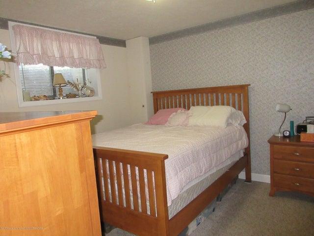 4742 Omar Dr - Bedroom 3 - 30