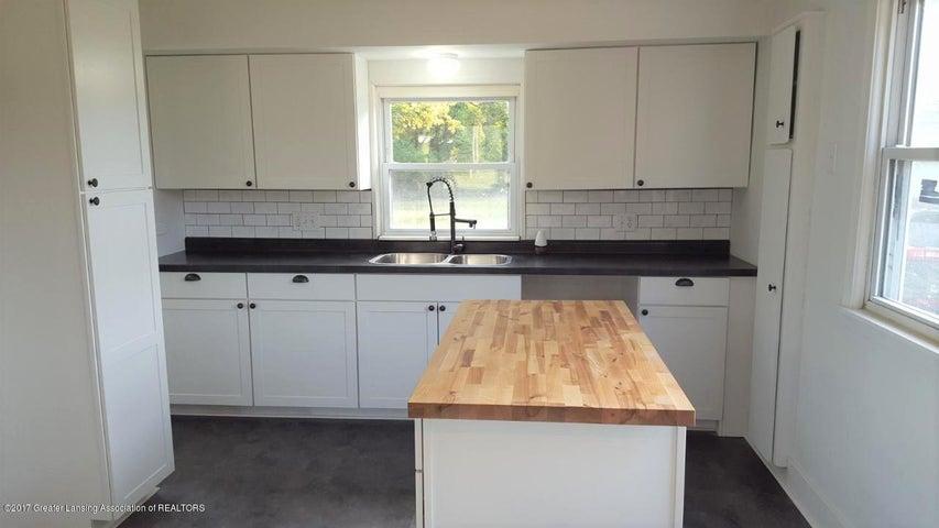 438 North Dibble Avenue - Kitchen - 8
