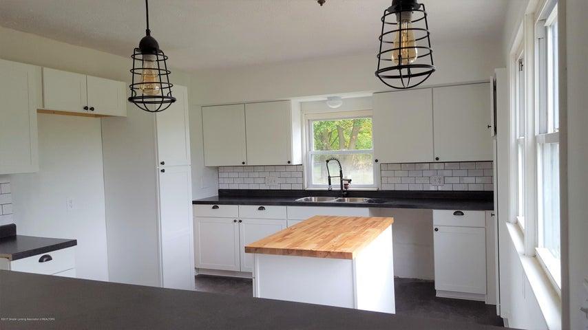 438 North Dibble Avenue - Kitchen - 7