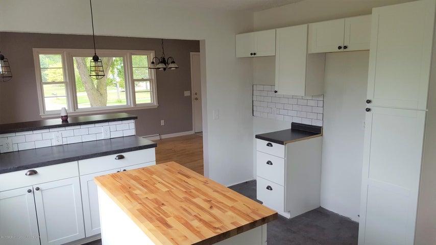438 North Dibble Avenue - Kitchen - 5