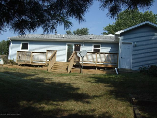 4201 Wanstead Dr - Large Deck - 11