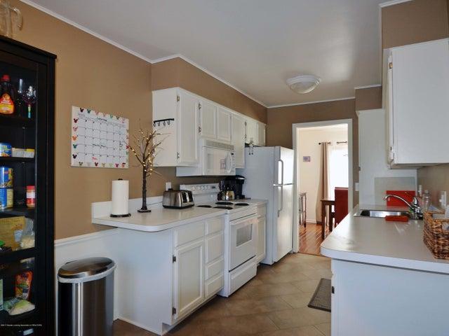1434 Roxburgh Ave - 9 Kitchen - 9