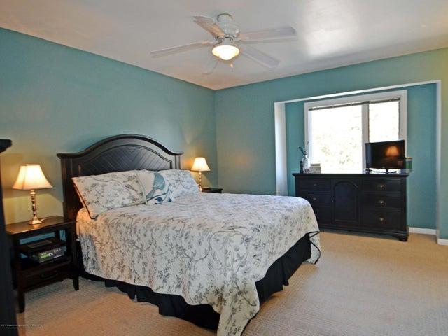 1434 Roxburgh Ave - 13 Master Bedroom - 13