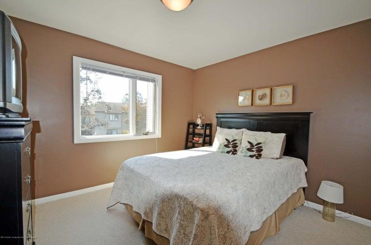 1434 Roxburgh Ave - 16 Bedroom 2 - 16
