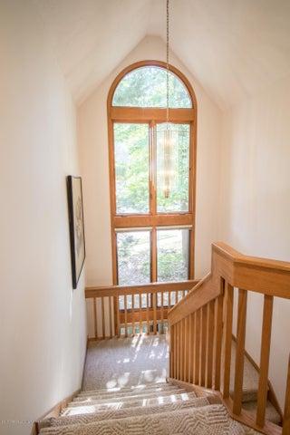 1846 Cimarron Dr - Stairway - 22