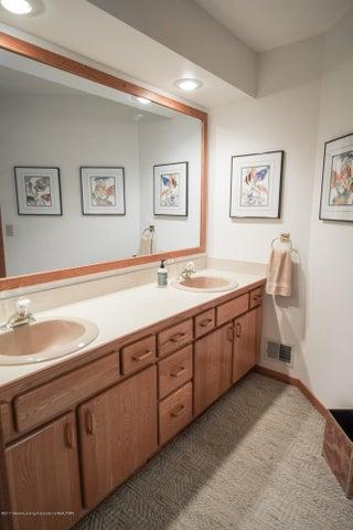 1846 Cimarron Dr - Bathroom - 34