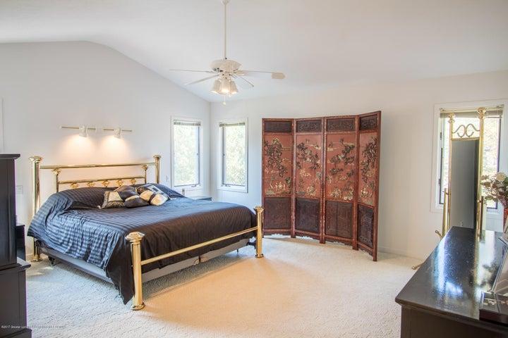 1846 Cimarron Dr - Master Bedroom - 25