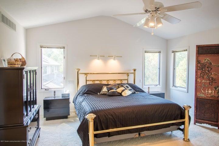 1846 Cimarron Dr - Master Bedroom - 24