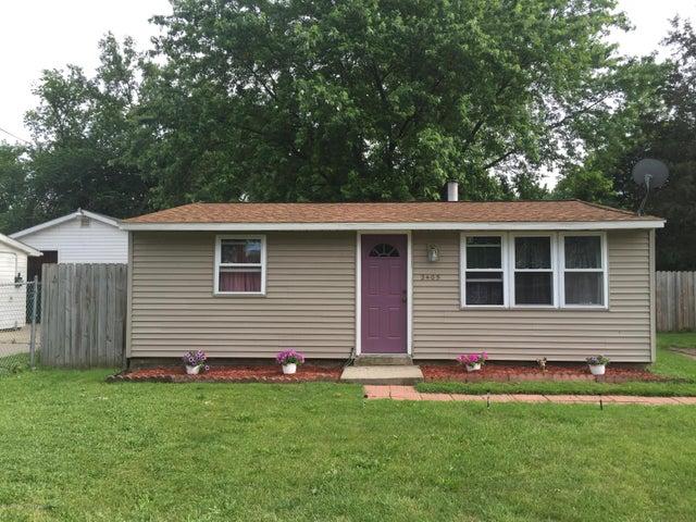 2405 Greenbelt Dr - House Exterior - 1