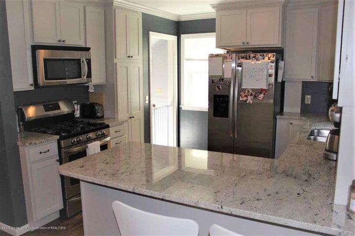407 Kipling Blvd - kitchen 2 - 7