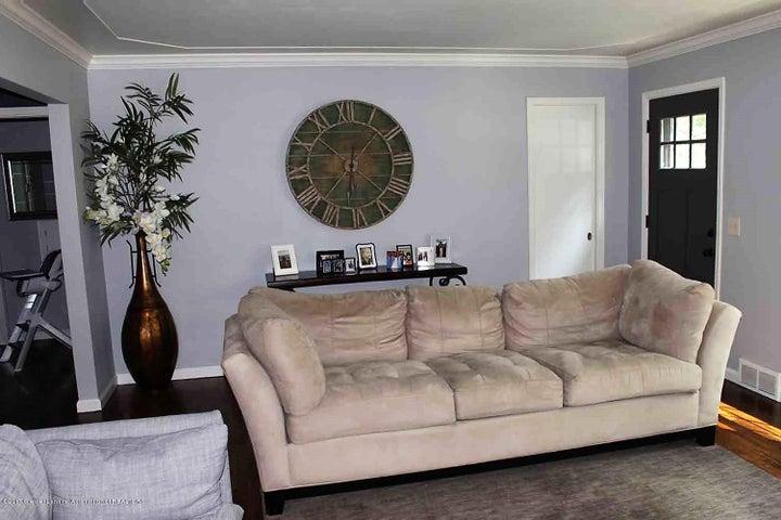 407 Kipling Blvd - living room 1 - 10