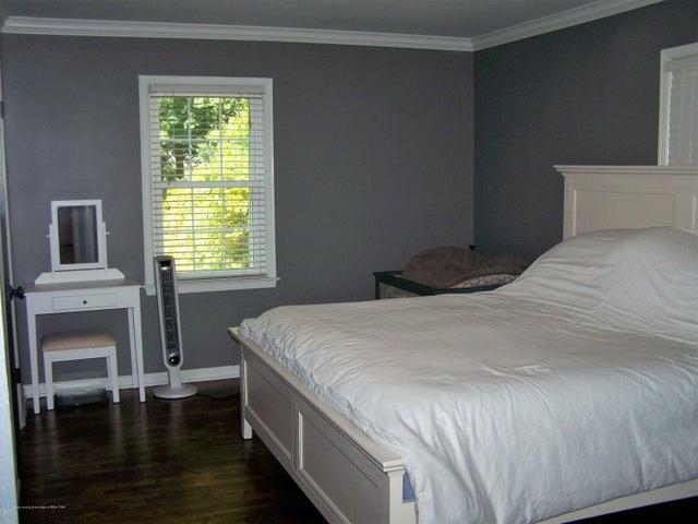 407 Kipling Blvd - master bedroom - 12