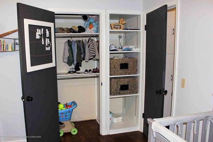 407 Kipling Blvd - bedroom storage - 15