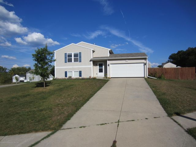 328 Catera Ct - Front - 1