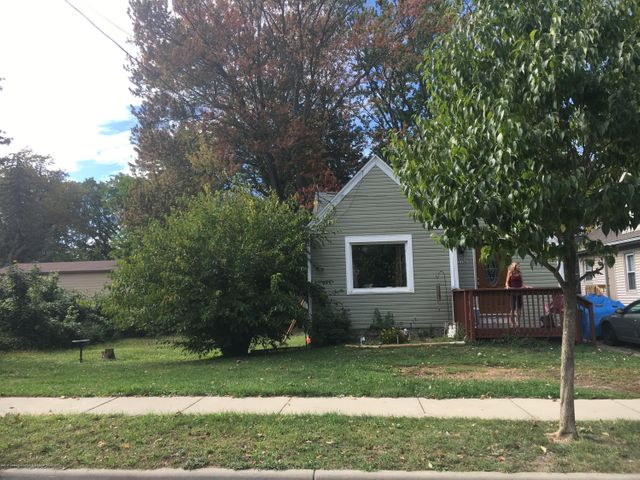 2308 S Rundle Ave - front - 1