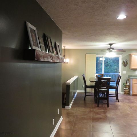 1388 Valley View Rd - IMG_0449 - 25