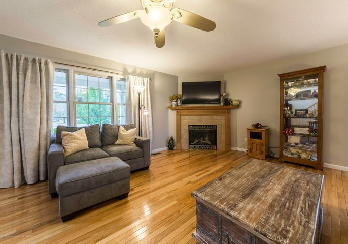 5215 State Rd - 942A2022-HDR - 4