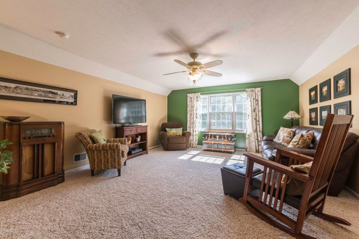5215 State Rd - 942A2044-HDR - 16