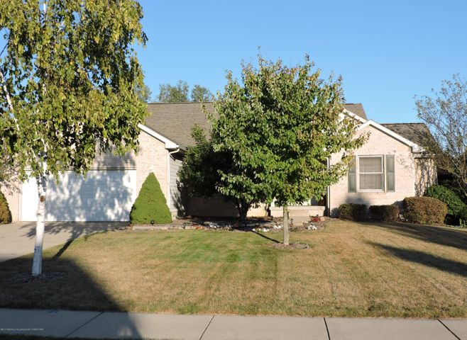 16551 Broadview Dr - FRONT EXTERIOR - 1