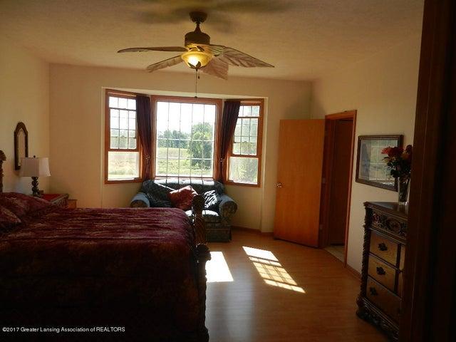8800 W Parker Rd - master suite - 11