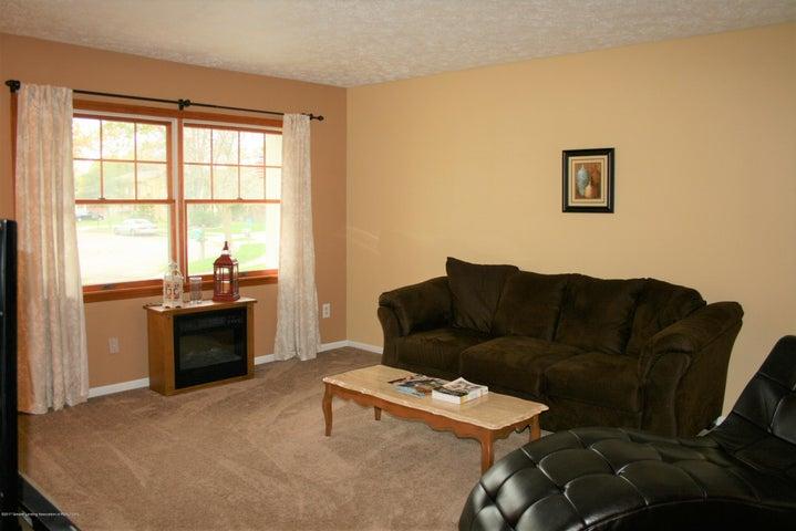 4112 Chickory Ln - Living room - 3
