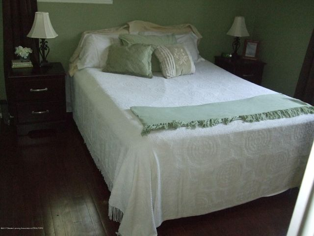 3950 Windward Dr - Bedroom 1 - 8