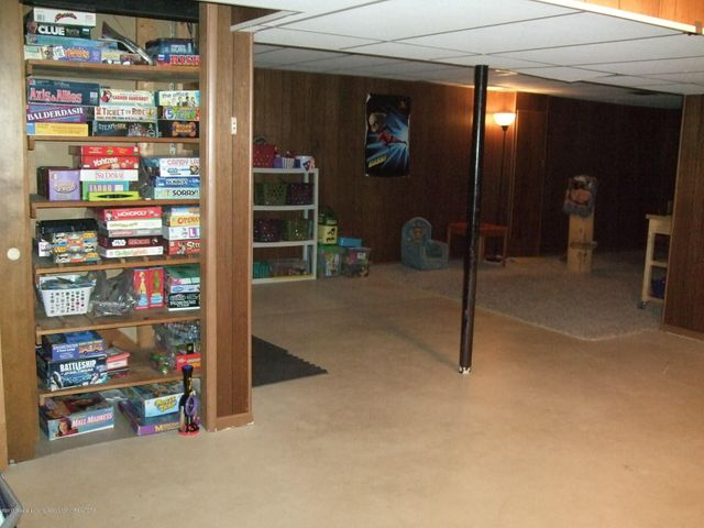 3950 Windward Dr - Basement storage - 13