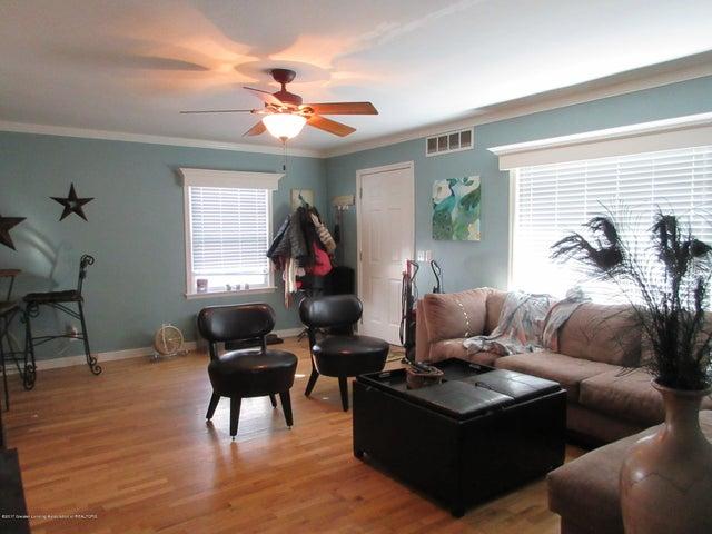 411 Lasalle Blvd - Living Room w/Hardwood Floors - 5