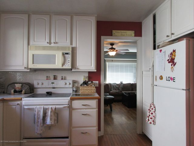 411 Lasalle Blvd - Appliances Included - 9