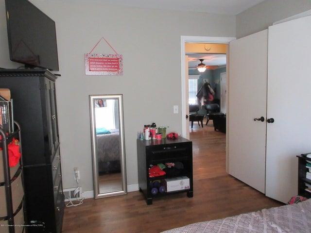 411 Lasalle Blvd - Good Sized Room - 19