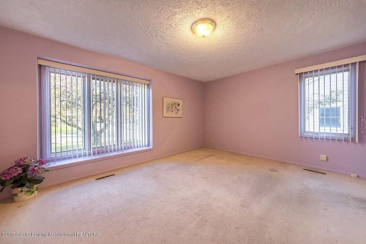2157 Riverwood Dr - 942A5096-HDR - 20