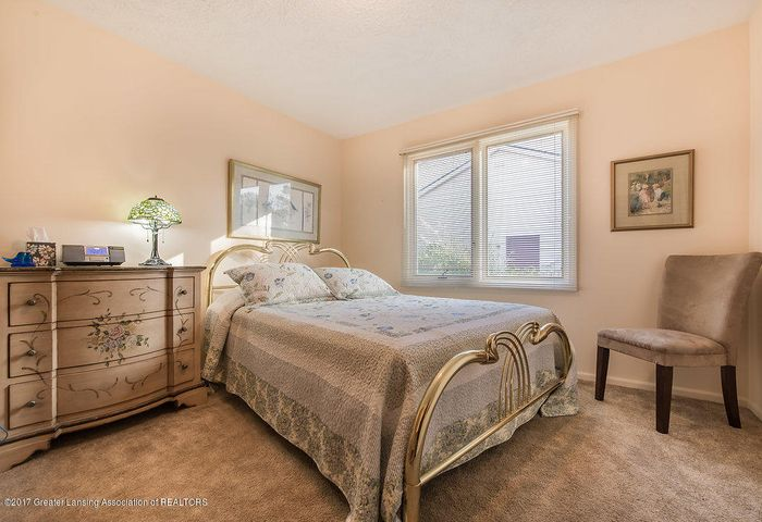 2157 Riverwood Dr - 942A5229-HDR - 24